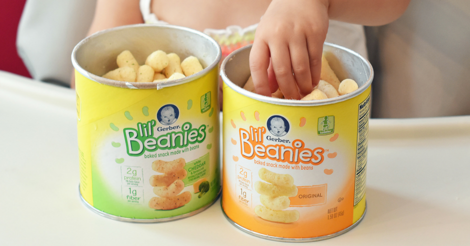 Toddler Snacking with Gerber Lil' Beanies